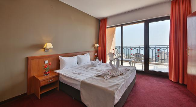 Prestige Hotel And Aquapark - Varna - Bedroom