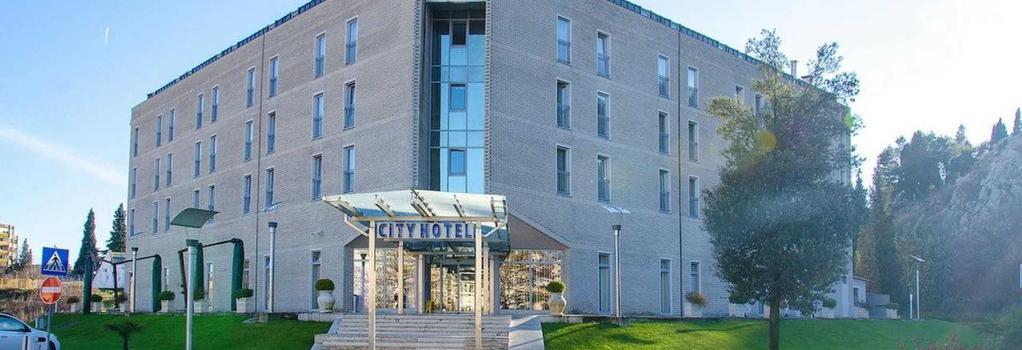 City Hotel - Podgorica - Building