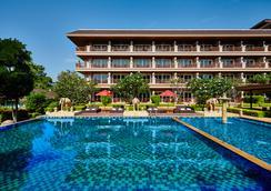 Romantic Resort and Spa - Mu Si - Pool