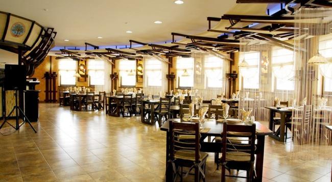 Khan-Chinar Hotel - Dnepropetrovsk - Restaurant