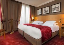 Hotel Royal Saint Michel - Paris - Bedroom