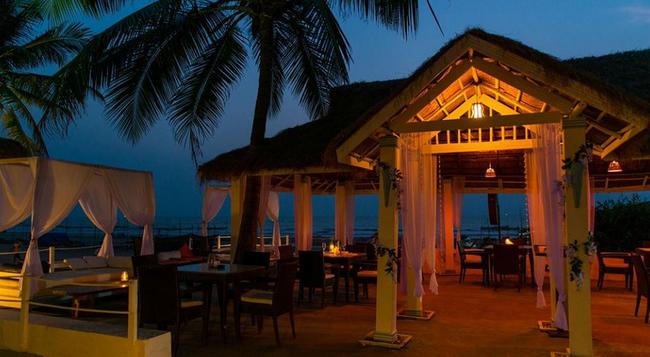 Fabhotel Tahira Ashwem Beachfront - Panaji - Building