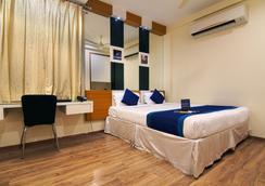 Fabhotel Eaglewood Gachibowli - Hyderabad - Bedroom