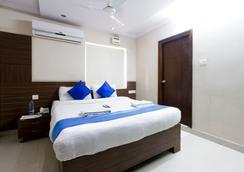 Fabhotel Myplace Kondapur Hicc - Hyderabad - Bedroom