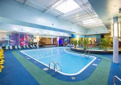Sheraton At The Falls Hotel, Niagara Falls, NY - Niagara Falls - Pool