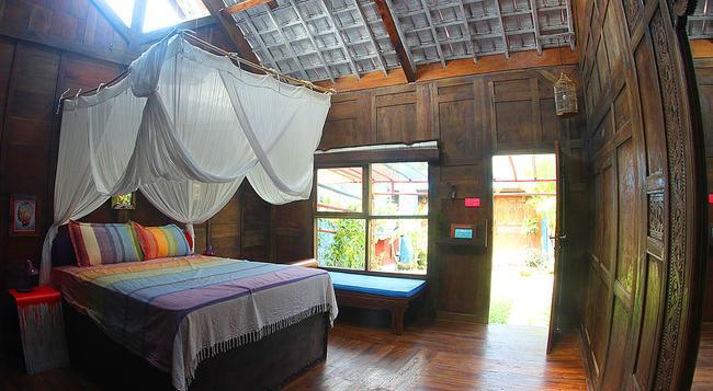 RE3 - Canggu - Bedroom