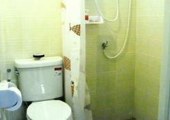 Khaosan Baan Thai - Bangkok - Bathroom