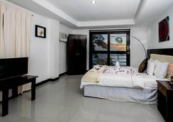 The Beach House Resort Boracay - Malay - Bedroom