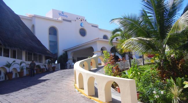 Casa Turquesa - Cancun - Building