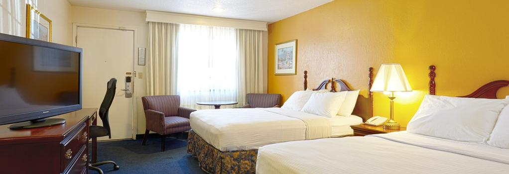The Sandman - Santa Rosa - Bedroom