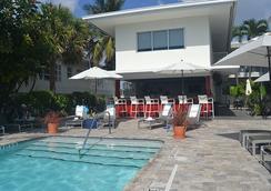 Royal Palms Resort & Spa A North Beach Village Resort Hotel - Fort Lauderdale - Pool