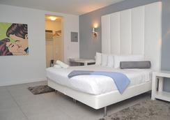 Royal Palms Resort & Spa A North Beach Village Resort Hotel - Fort Lauderdale - Bedroom