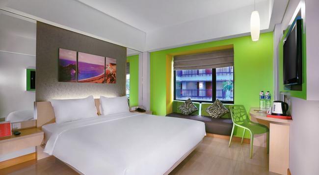 7 Days Premium Kuta Bali - Kuta (Bali) - Bedroom