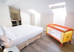 Petit Palace Opera - Madrid - Bedroom