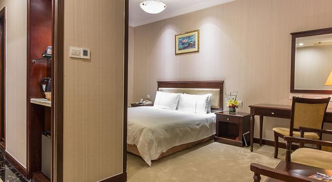Golden River View Hotel - Shanghai - Bedroom