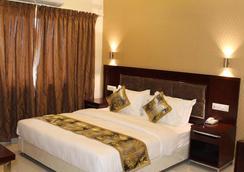 Alreef Residency - Chennai - Bedroom