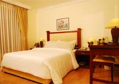 Mermaid Hotel - Kochi - Bedroom