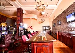 Captain Morgan's Retreat - San Pedro Town - Casino
