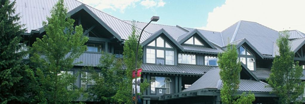 Glacier Lodge - Luxury Condo - Whistler - Building