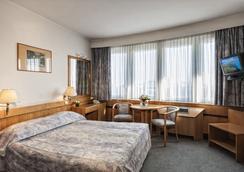 Hotel Budapest - Budapest - Bedroom