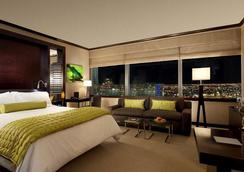 Luxury Suites International - Las Vegas - Bedroom