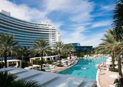 Luxury Suites International - Las Vegas - Pool