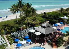 The Alexander Hotel - Miami Beach - Beach
