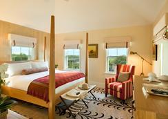 White Elephant Village - Nantucket - Bedroom