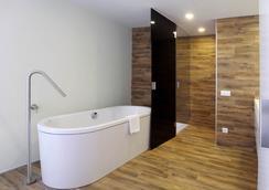 Room Mate Pau - Barcelona - Bedroom