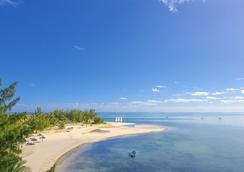 Paradis Beachcomber - Le Morne - Outdoor view