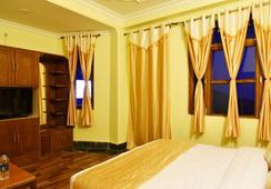 New Varuni House - Dharamsala - Bedroom