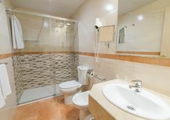Sunotel Central - Barcelona - Bathroom