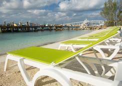 Warwick Paradise Island Bahamas- Adults Only - All Inclusive - Nassau - Beach