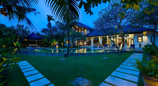 Villa Maharaj - an Elite Haven - Kuta (Bali) - Building