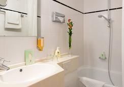 Favored Hotel Scala - Frankfurt am Main - Bathroom