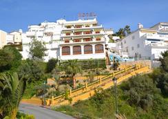 Hotel José Cruz - Nerja - Outdoor view