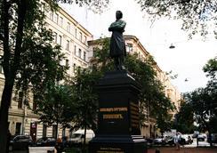 Apartment on Pushkinskaya ulitsa 11 - Saint Petersburg - Attractions
