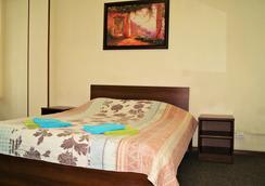Apartment on Pushkinskaya ulitsa 11 - Saint Petersburg - Bedroom