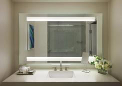 Ocean View Hotel - Santa Monica - Bathroom
