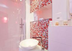 Color Design Hotel - Paris - Bathroom
