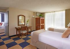 Ewa Hotel Waikiki - Honolulu - Bedroom