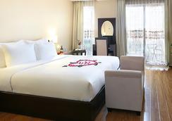 Rising Dragon Palace Hotel - Hanoi - Bedroom