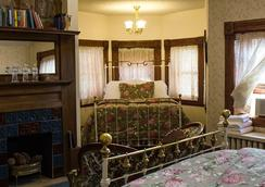 Castle Marne Bed & Breakfast - Denver - Bedroom