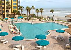 Hawaiian Inn Daytona Beach By Sky Hotels And Resort - Daytona Beach - Pool