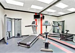 Ramada SLC Airport Hotel - Salt Lake City - Gym