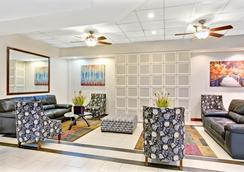 Ramada SLC Airport Hotel - Salt Lake City - Lobby
