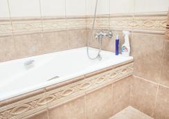 Hostels Rus - Strastnoy Bulvar - Moscow - Bathroom