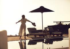 Santo Maris Oia, Luxury Suites & Spa - Oia - Pool