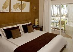 Sirenis Tropical Suites Casino & Spa - Punta Cana - Bedroom