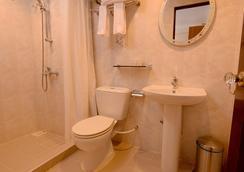 Champa Central Hotel - Male - Bathroom